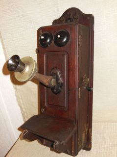 Kellogg Chicago 1901 Vintage Antique Oak Hand Crank Wall Mount Telephone
