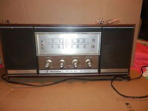 1950S60S Juliette Topp Model R 1717X Solid State Instant Sound Am FM Radio Works