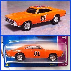 """Hot Wheels 69 Dodge Charger """"General Lee"""" Custom Super Treasure Hunt Centerlines"""