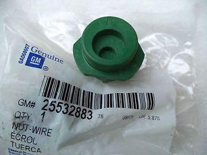 """G"" Green Lock Nut Chev Cadillac Buick Oldsmobile Wire Wheel Locking Hubcap"