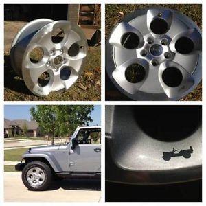 5 2013 Jeep Wrangler Unlimited Sahara Rubicon s Factory 18 Wheels Rims