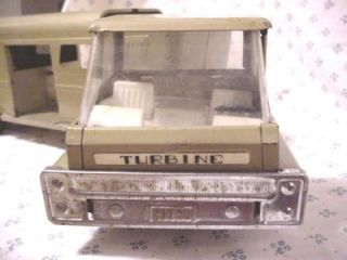 Structo Vista Dome Horse Van Trailer Steel Toy Truck 1966 Canada White Wall Tire
