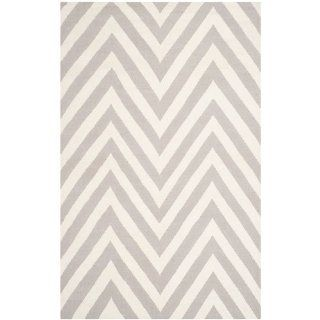 Safavieh DHU568B Dhurrie Collection Handmade Wool Area Rug, 9 by 12 Feet, Grey and Ivory