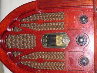 Thomas Collector's Edition AM/FM Radio Model BD 109 Oak Case
