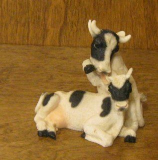 Castagna Animal Figurines #148 Cow Lovers : Collectible Figurines : Everything Else
