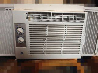 AIR CONDITIONER GENERAL ELECTRIC 5,000 BTU WINDOW UNIT: Home Improvement