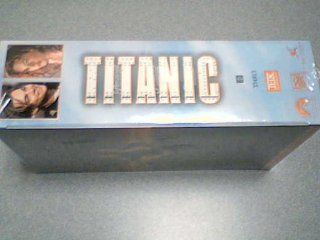 "1998 Paramount Pictures A James Cameron Film ""TITANIC"" VHS Movie Blister 2 Tape Set #334813 Winner of 11 Academy Awards Including Best Picture (THX Digitally Mastered)(VHS H Fi Stero, Hi Fi Stereo Playback requires Stereo Hi Fi VCR) (334813/1997/"