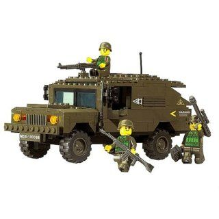 Sluban Land Forces Hummer Chariot 191 Piece Set Lego Compatible: Toys & Games