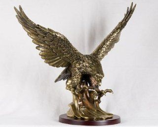 23 inch Large Ancient Brass and Gold Flying Eagle Figurine Statue   Collectible Figurines